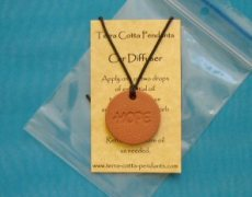 How to Diffuse Essential Oils with a Terra Cotta Pendant